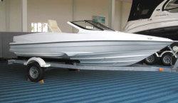 2009 - Allmand - 17 Inboard Bowrider