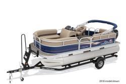 2019 Party Barge 18 DLX Business Spur MI