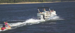 Aloha Pontoon Boats PS 220 Pontoon Boat