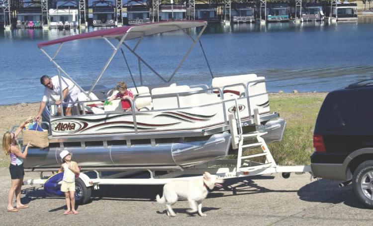 l_Aloha_Pontoon_Boats_-_TS_180_Family_2007_AI-253286_II-11524872