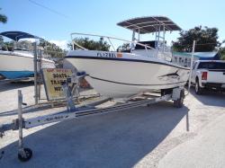 Everglades Boats - 243cc