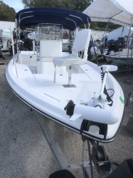 2004 - Shearwater Boats - 2200