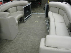 2005 Glastron MX 185 BR