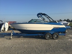 2019 - Monterey Boats - 238 SS