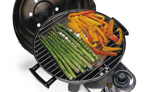 comaquapatioimagesfeature_imageslargef_07hc_stainlesssteelgrill