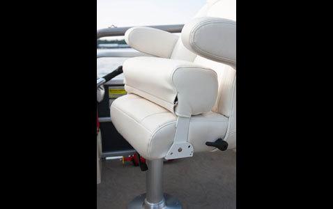 l_f_10ap_240ioelite_bolster_seat_1
