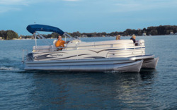 Godfrey Marine AP 220 RE - 3 Gate Pontoon Boat