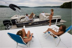 2009 - Avalon Pontoons - Tropic 22