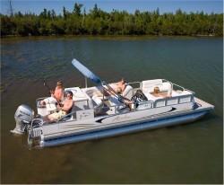 2010 - Avalon Pontoons - CT Rear Fish 22