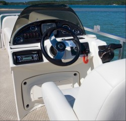 2011 - Avalon Pontoons - CT Rear Fish 24