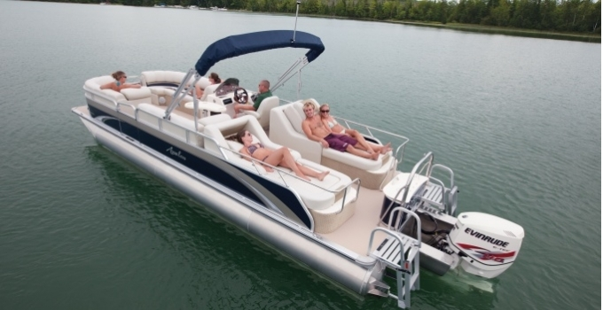 Research 2012 - Avalon Pontoons - Windjammer RL 26 on iboats com