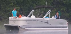 2014 - Avalon Pontoons - 22 Catalina Quad Fish