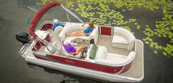 2015 - Avalon Pontoons - 18 Eagle Rear Fish