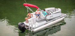 2015 - Avalon Pontoons - 16 Eagle Cruise