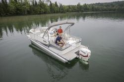 2019 - Avalon Pontoons - 22 LSZ Rear Fish