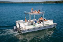 Avalon Pontoons Somerset 22 Pontoon Boat