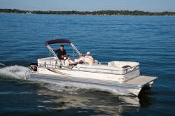 Avalon Pontoons Tropic 18 Pontoon Boat