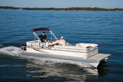Avalon Pontoons Tropic 20 Pontoon Boat