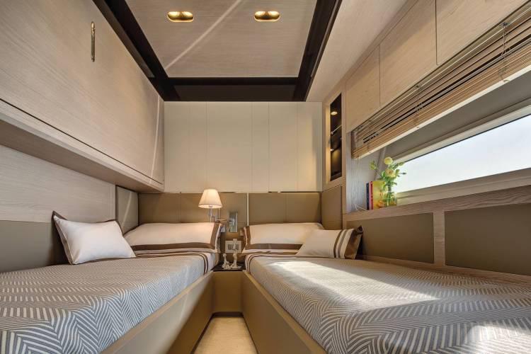 l_83_20160203122512_83_guest_cabin