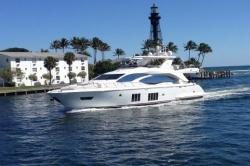 2016 - Azimut Yachts - Flybridge 84 US