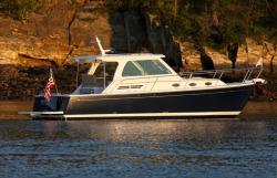 2016 - Back Cove Yachts - Back Cove 34