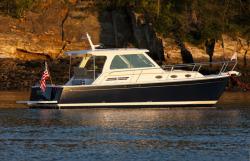 2018 - Back Cove Yachts - Back Cove 34
