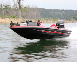 2012 - Bass Cat Boats - Pantera IV