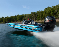 2012 - Bass Cat Boats - Sabre FTD