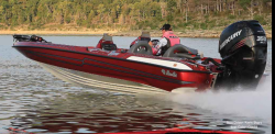 2013 - Bass Cat Boats - Jaguar