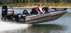 2015 - Bass Cat Boats - Cougar Advantage