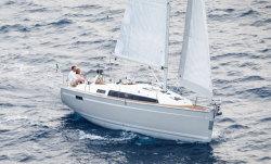 2013 - Bavaria Yachts - 33 Cruiser