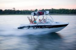 2010 - Bayliner Boats - 185 BR