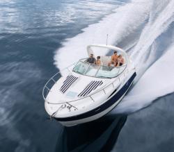 2010 - Bayliner Boats - 335