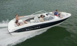2011 - Bayliner Boats - 215 BR