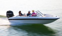 2012 - Bayliner Boats - 160 OB