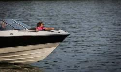 2014 - Bayliner Boats - 215 BR