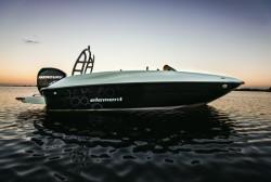 2017 - Bayliner Boats - Element E16