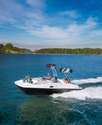 2019 - Bayliner Boats - 215 Deck Boat
