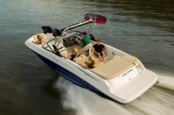 2019 - Bayliner Boats - VR6 Bowrider
