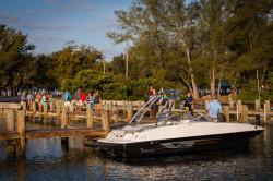 2020 - Bayliner Boats - 215 Deck Boat