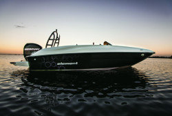 2020 - Bayliner Boats - Element E16