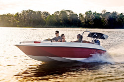 2020 - Bayliner Boats - Element E18
