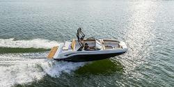 2021 - Bayliner Boats - DX 2050