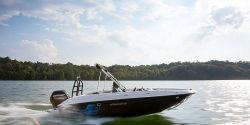 2021 - Bayliner Boats - Element E18