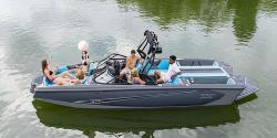 2021 - Bayliner Boats - WT-Surf