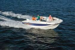 Bayliner Boats 217 Deck Boat
