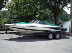 1999 - Triton Boats - SF21
