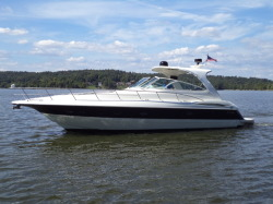 2003 - Cruisers Yachts 44 Express