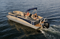 2012 - Berkshire Pontoon Boats - Premium 220 CL