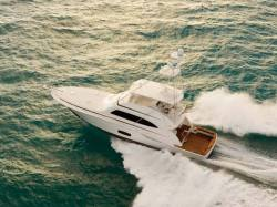 2011 - Bertram Yacht - 700